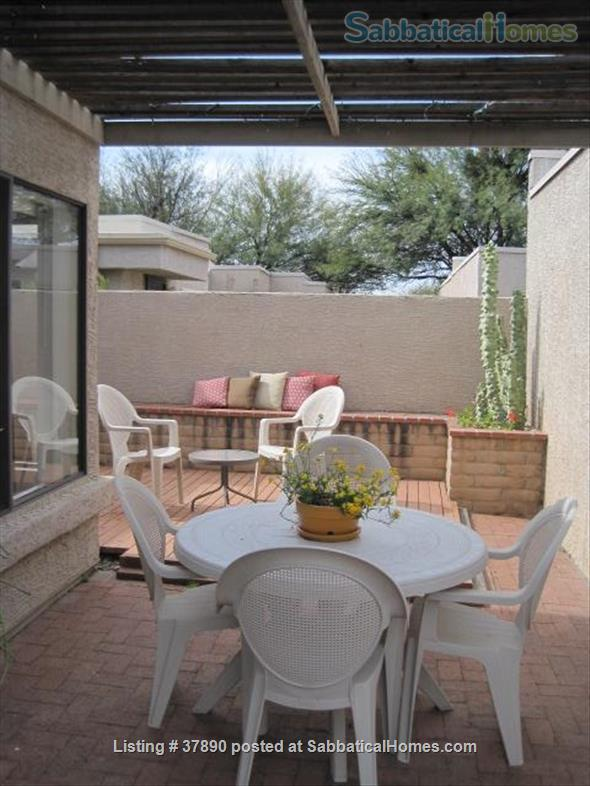 Town home with mountain views, bike-trail access Home Rental in Tucson, Arizona, United States 8
