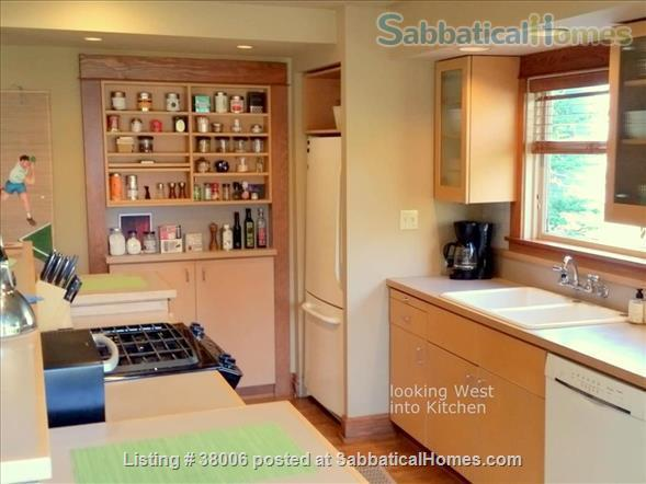 Seattle home at the top of Queen Anne Hill Home Rental in Seattle, Washington, United States 6