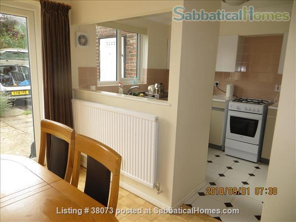 Modern 2 bedroom house in Central Oxford Home Rental in Oxfordshire, England, United Kingdom 4