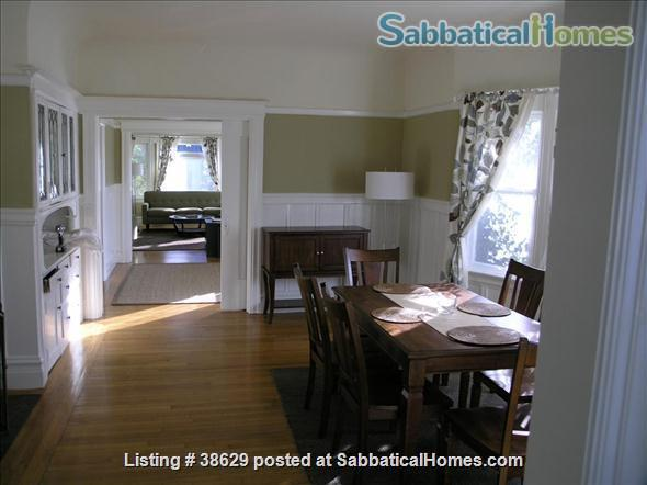 Large Edwardian located  8 blocks from University of California, Berkeley, two blocks from College Avenue. Quiet Elmwood neighborhood. Home Rental in Berkeley, California, United States 1