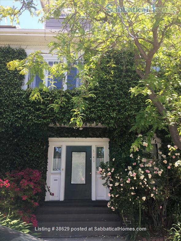 Large Edwardian located  8 blocks from University of California, Berkeley, two blocks from College Avenue. Quiet Elmwood neighborhood. Home Rental in Berkeley, California, United States 0