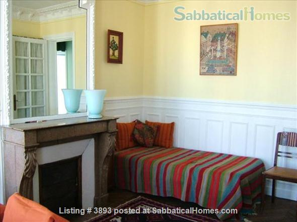 Large 2 bedroom apartment (1 week minimum) Home Rental in Paris 2