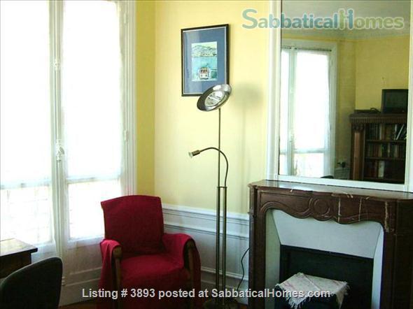 Large 2 bedroom apartment (1 week minimum) Home Rental in Paris 0