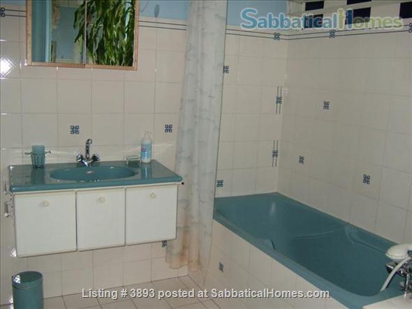 Large 2 bedroom apartment (1 week minimum) Home Rental in Paris 3