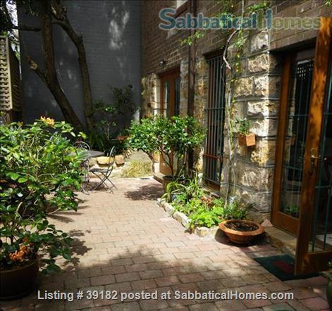 Sydney - Paddington apartment in Victorian house with private courtyard and garage Home Rental in Paddington, NSW, Australia 9