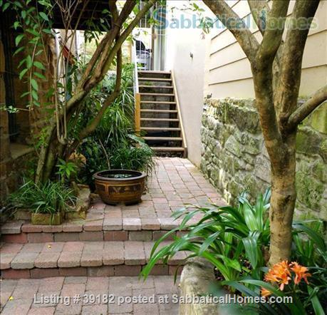 Sydney - Paddington apartment in Victorian house with private courtyard and garage Home Rental in Paddington, NSW, Australia 8