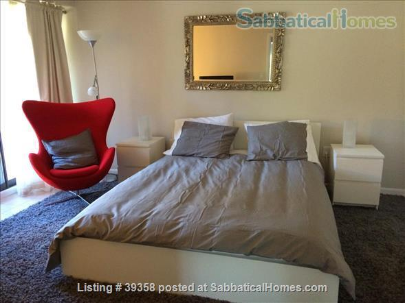 Quiet, Top Floor, Fully-Furnished, One Bedroom Apartment Home Rental in Cambridge, Massachusetts, United States 0