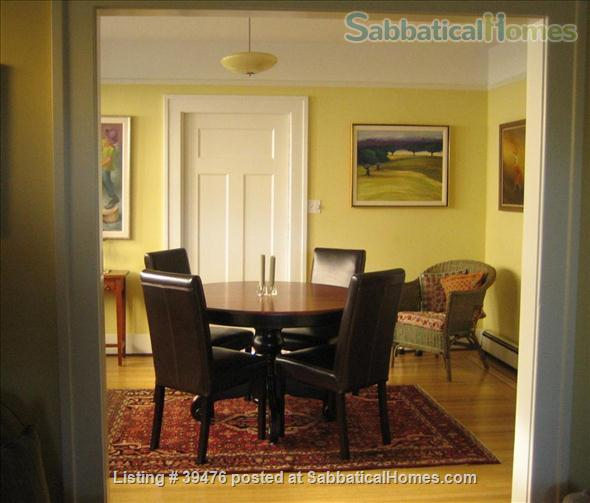 Charming and cozy artistic home in lovely Vancouver close to Univ of B.C. Home Rental in Vancouver, British Columbia, Canada 2