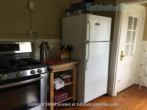 Secluded Elmwood Edwardian 8 blocks  to UC Berkeley & 2 to College Ave. Home Rental in Berkeley, California, United States 4