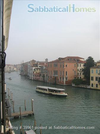 Luxurious one bedroom apartment in a XVIII Century Palace on the Great Canal Home Rental in Venezia, Veneto, Italy 0