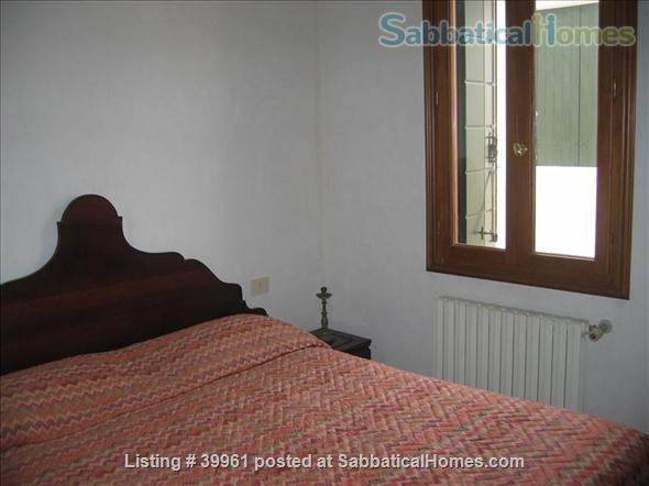 Luxurious one bedroom apartment in a XVIII Century Palace on the Great Canal Home Rental in Venezia, Veneto, Italy 4