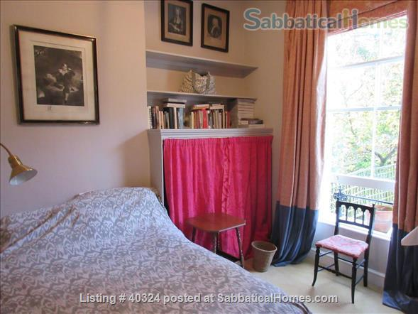 Quiet, characterful, high-ceilinged flat in Camden, near the Eurostar terminal, Regent's Park and British Library.  Home Exchange in London, England, United Kingdom 6