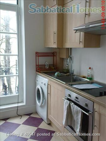 Notting Hill - sunny one-bedroom flat , minutes from tube Home Rental in Greater London, England, United Kingdom 2