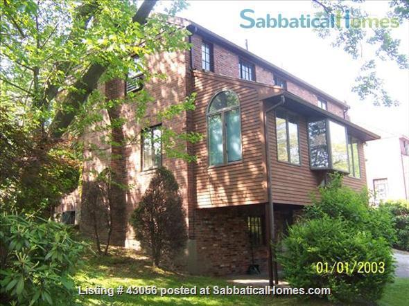 BEAUTIFUL 4 BR/2 .5 BA ELEGANTLY FURNISHED IN BROOKLINE LONGWOOD AREA Home Rental in Brookline, Massachusetts, United States 0