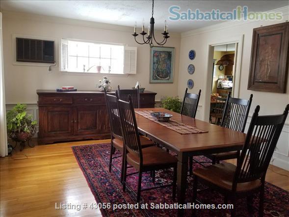 BEAUTIFUL 4 BR/2 .5 BA ELEGANTLY FURNISHED IN BROOKLINE LONGWOOD AREA Home Rental in Brookline, Massachusetts, United States 3