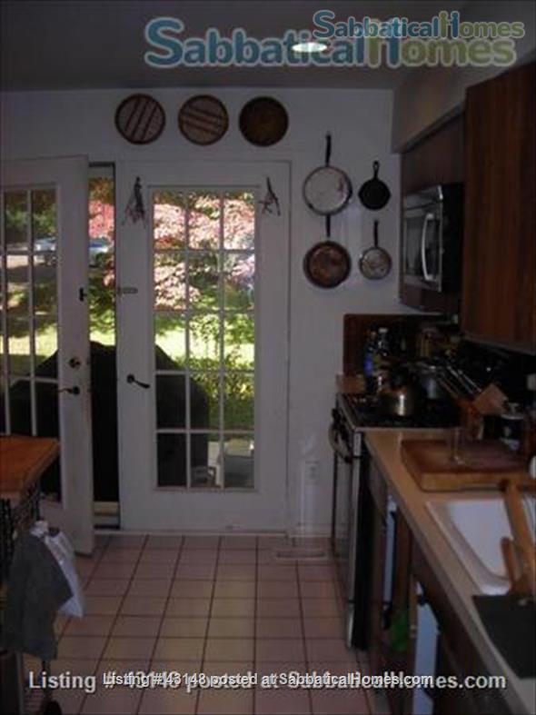 3 bedroom townhouse - Reston, VA, DC metro area, near G Mason  U - for rent  or exchange Home Exchange in Reston, Virginia, United States 5