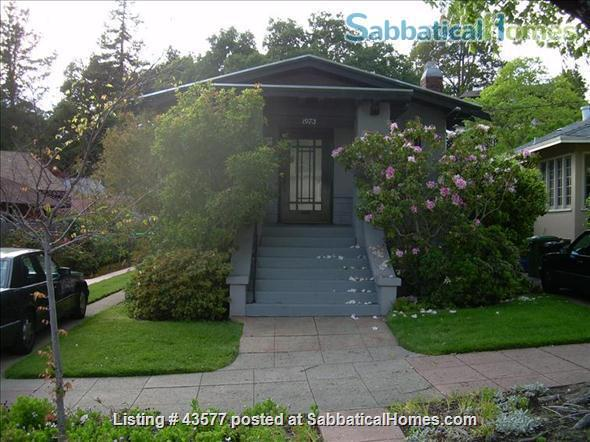 Gorgeous Furnished Craftsman Bungalow in Prime Location - Available 6/14/21 Home Rental in Berkeley, California, United States 0