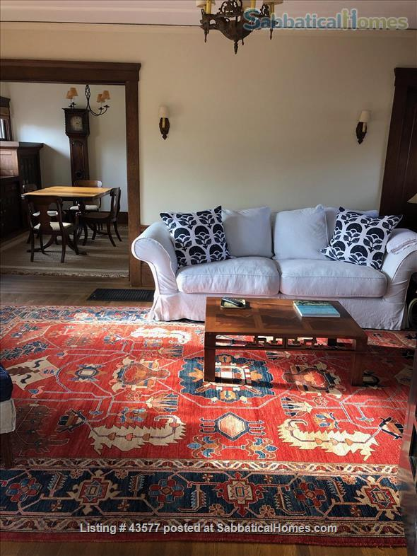 Gorgeous Furnished Craftsman Bungalow in Prime Location - Available 6/14/21 Home Rental in Berkeley, California, United States 2