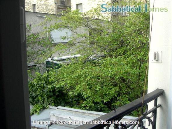 I rent a cosy and quite 2 rooms between Nation and Bastille Home Rental in Paris, Île-de-France, France 3