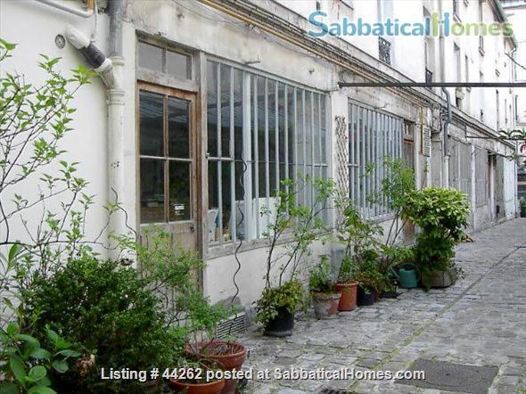 I rent a cosy and quite 2 rooms between Nation and Bastille Home Rental in Paris, Île-de-France, France 0