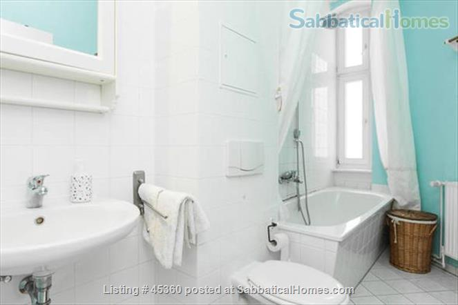 Beautiful sunny 4 room Apartment with balcony and elevator by the park Home Rental in Berlin, Berlin, Germany 9