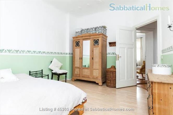 Beautiful sunny 4 room Apartment with balcony and elevator by the park Home Rental in Berlin, Berlin, Germany 4