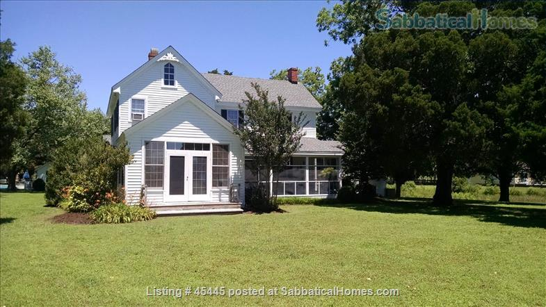 Beautiful River Home in Historic Tidewater Virginia Perfect for Sabbatical!  Home Rental in Gloucester Point, Virginia, United States 0
