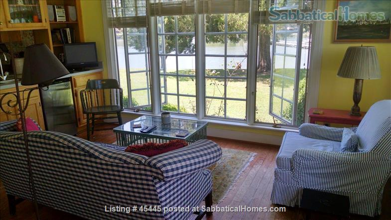 Beautiful River Home in Historic Tidewater Virginia Perfect for Sabbatical!  Home Rental in Gloucester Point, Virginia, United States 4