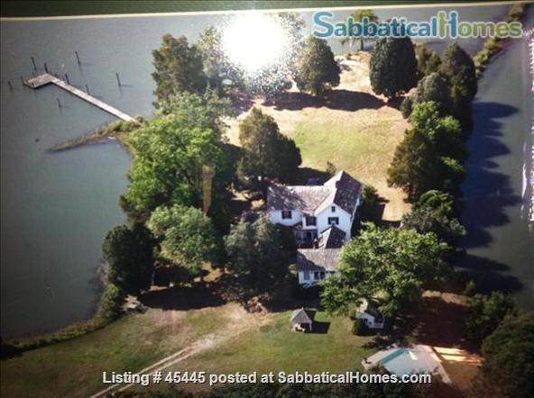 Beautiful River Home in Historic Tidewater Virginia Perfect for Sabbatical!  Home Rental in Gloucester Point, Virginia, United States 7