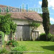 Haven in Touraine —  Charming restored country cottage with large fireplace and apparent beams, surrounded by park-like garden, fields and forest.  Home Rental in Bossay-sur-Claise, Centre-Val de Loire, France 6