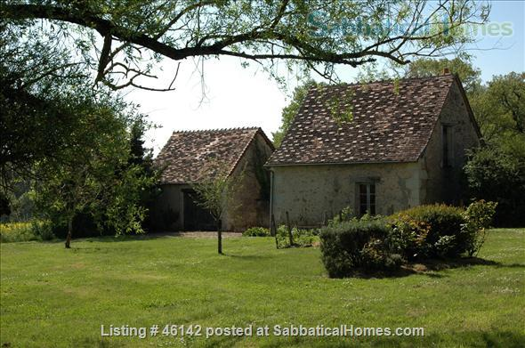 Haven in Touraine —  Charming restored country cottage with large fireplace and apparent beams, surrounded by park-like garden, fields and forest.  Home Rental in Bossay-sur-Claise, Centre-Val de Loire, France 8