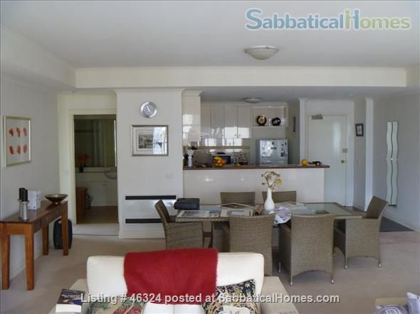 Spacious inner city three bedroom Melbourne apartment with two bathrooms in a modern building Home Exchange in Melbourne, VIC, Australia 2