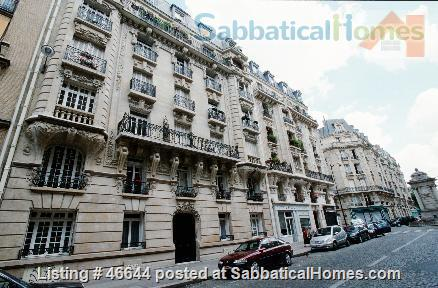 Beautiful, spacious (1000sqft), elegant 1910 Left Bank apartment, furnished with antiques. Perfect for an academic couple Home Rental in Paris, Île-de-France, France 0