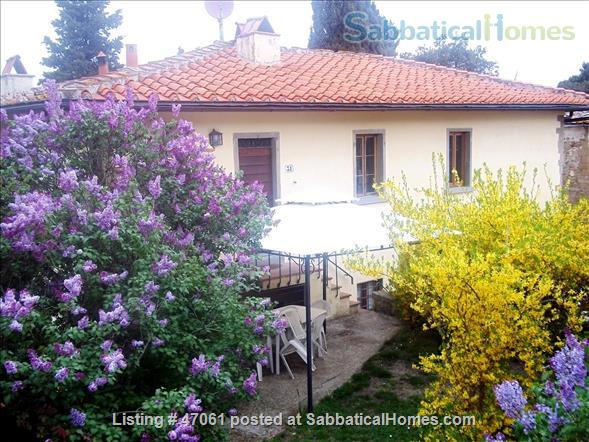 Two lovely Tuscan apartments with patio and garden in villa close to Florence in Chianti Valdarno Home Rental in Città Metropolitana di Firenze, Toscana, Italy 4