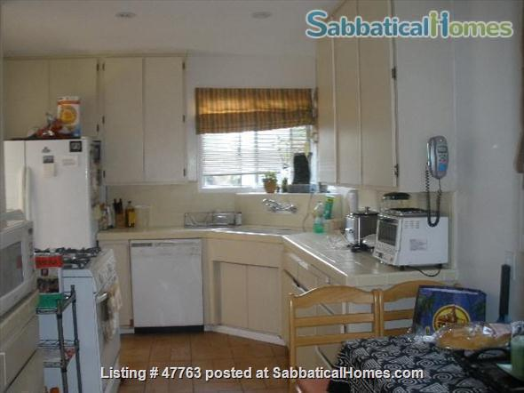 WEST LOS ANGELES NEAR UCLA BEAUTIFUL 3-BEDROOM HOME FULLY FURNISHED - All Utilities included Home Rental in Los Angeles, California, United States 7