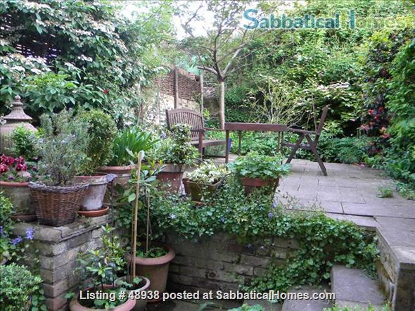 Garden Flat in Chelsea, Central London SW10 - a pretty garden flat located on a quiet street in Chelsea, London, SW10, close to public transport and local amenities Home Rental in London, England, United Kingdom 7
