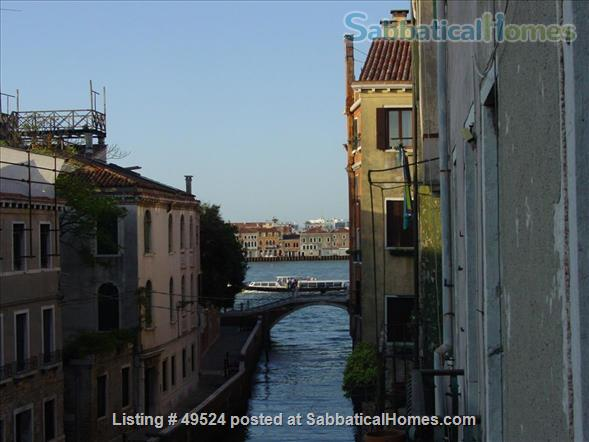 Sunny 2-3 bedroom apartment overlooking canal between Accademia and Guggenheim Home Rental in Venice, Veneto, Italy 1