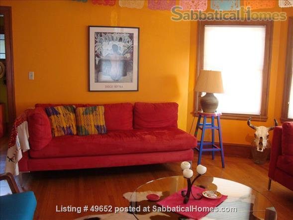 Fully Furnished 2-bedroom Craftsman house in the Rockridge District, Home Rental in Oakland, California, United States 0