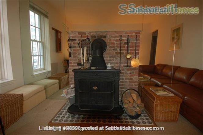 Lovely,  quiet one bedroom on the Upper East Side Home Rental in New York, New York, United States 2