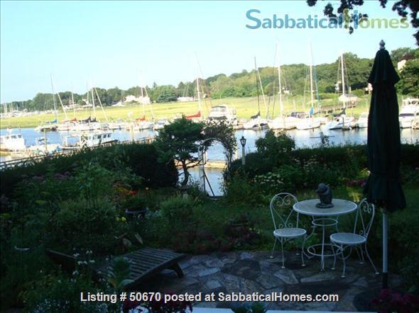 Shoreline Riverfront Near Yale Home Rental in Branford, Connecticut, United States 1