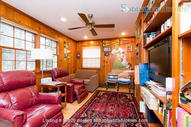 Comfortable  Convenient 5 Bedroom Home in Desirable Neighborhood of DC Home Rental in Washington, District of Columbia, United States 3
