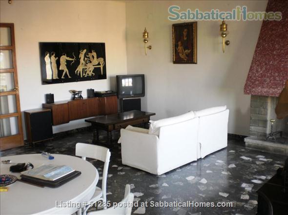 Confortable flat near the Giardini Margherita park and the center of Bologna Home Rental in Bologna, Emilia-Romagna, Italy 1