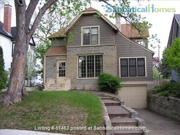 Beautiful Home in Safe Summit Hill, Saint Paul: Furnished 2-BR Sabbatical House Available, with huge library/study Home Rental in St Paul, Minnesota, United States 1