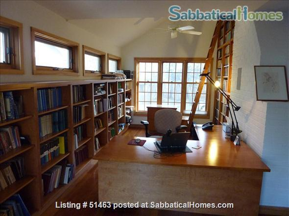 Beautiful Home in Safe Summit Hill, Saint Paul: Furnished 2-BR Sabbatical House Available, with huge library/study Home Rental in St Paul, Minnesota, United States 6