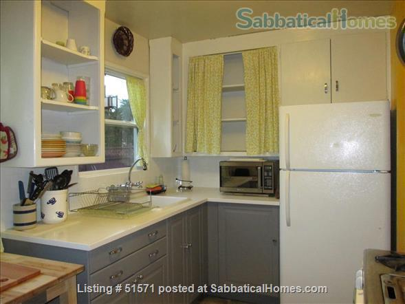 TWO BEDROOM FURNISHED, ALL EQUIPPED  PRIVATE DUPLEX, Home Rental in Berkeley, California, United States 1