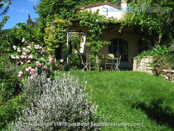 Rare: a cottage for two on the edge of spectacular medieval Tuscan village Home Rental in Cetona, Toscana, Italy 0