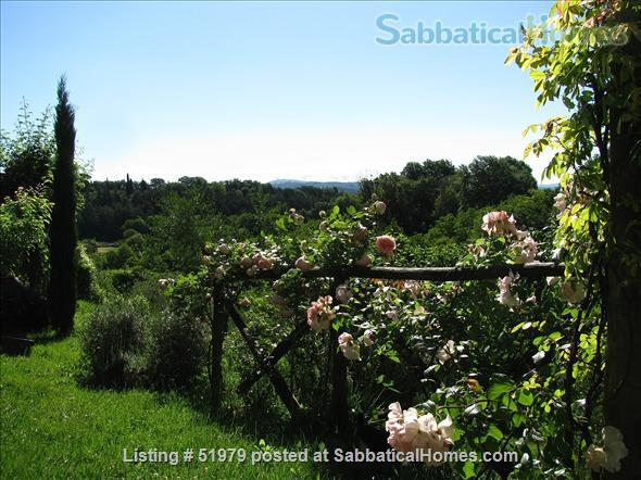 Rare: a cottage for two on the edge of spectacular medieval Tuscan village Home Rental in Cetona, Toscana, Italy 4