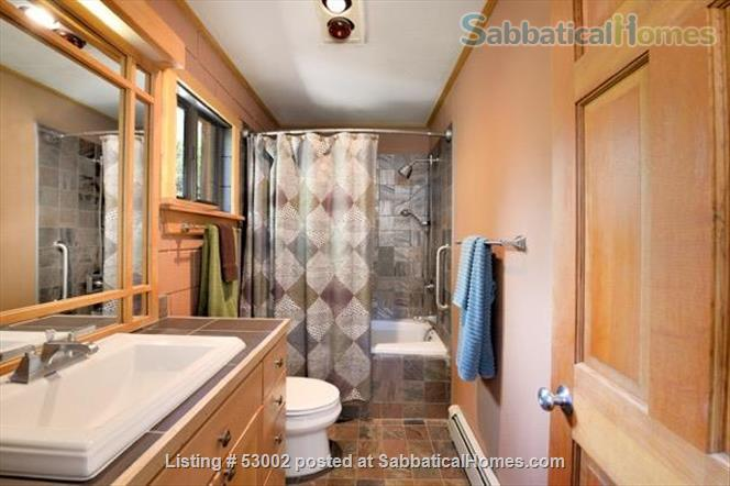 Santa Fe guesthouse in Beautiful Setting Home Rental in Santa Fe, New Mexico, United States 0