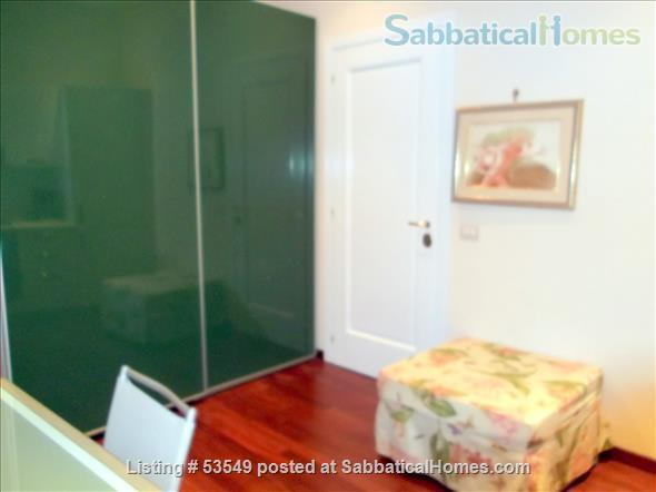 Cozy flat few blocks by the Colisseum (2-3pax) Home Rental in Rome, Lazio, Italy 3