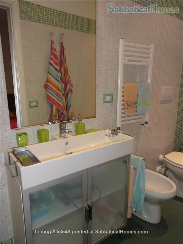 Cozy flat few blocks by the Colisseum (2-3pax) Home Rental in Rome, Lazio, Italy 7